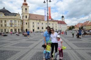 Mihai Gainusa si familia la Sibiu